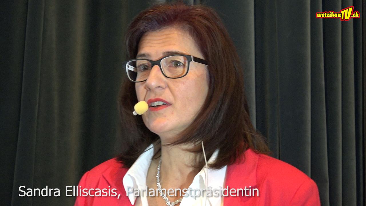 Sandra Elliscasis, Parlamentspräsidentin